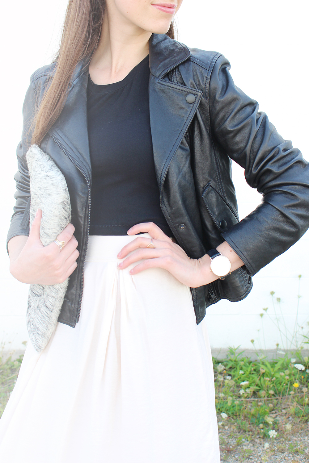 Style Bee - Light and Leather