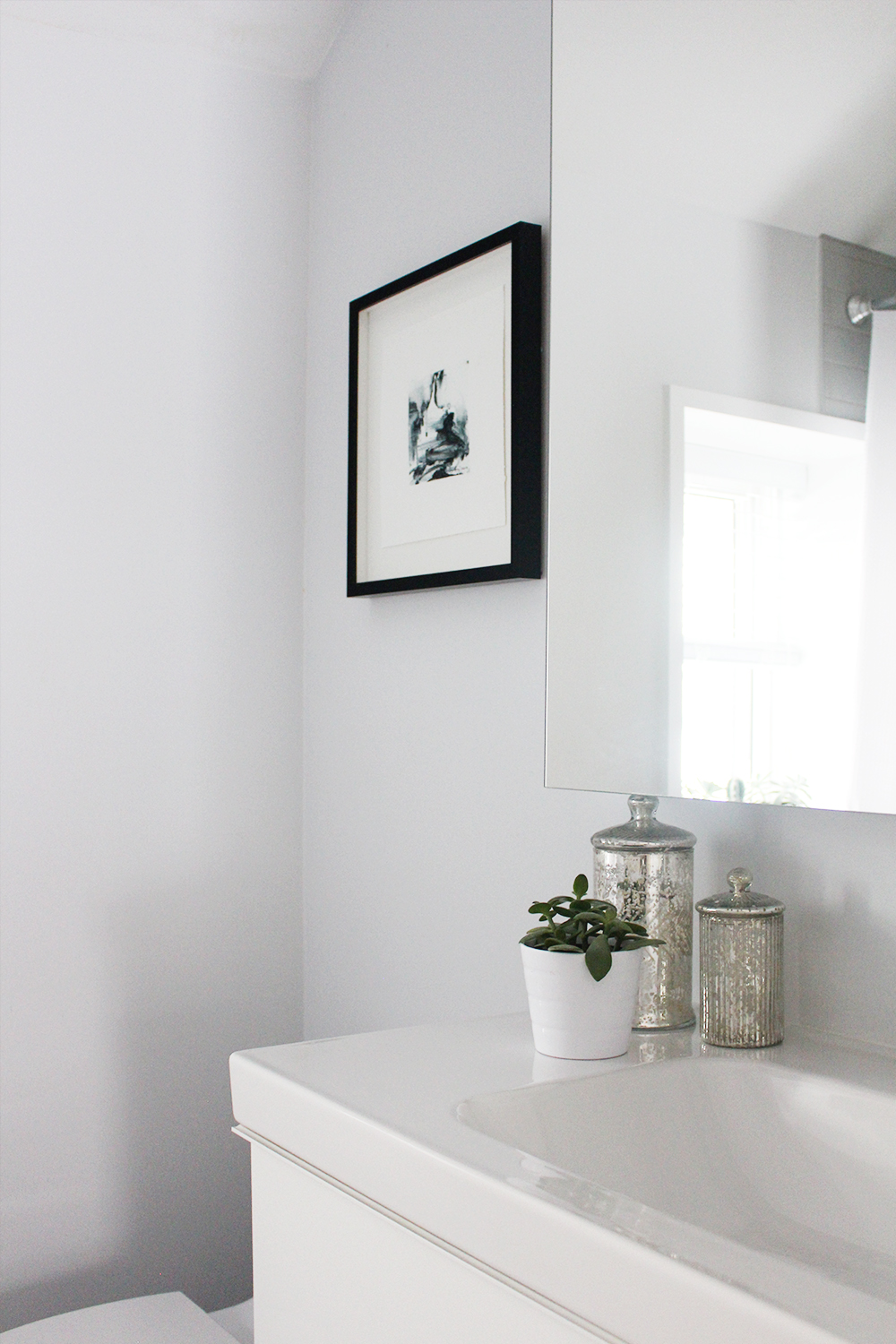 Style Bee - Bathroom Reveal