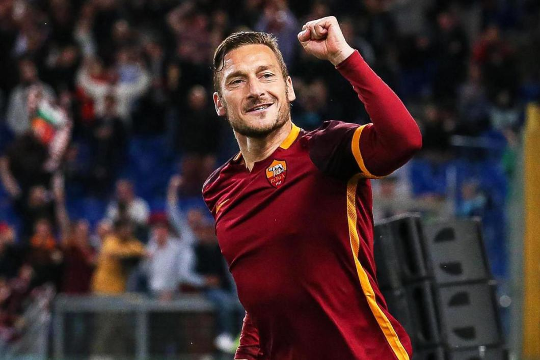 il gladiatore-francesco totti-as roma-italy-soccer-football-lifestyle-profile-style by nomads