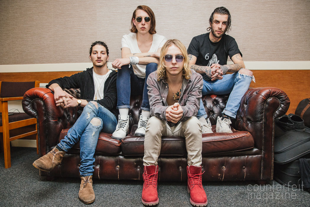 the hunna - nomads listen to-flickin' your hair-by-the hunna-UK-England-indie music-indie rock-music blog-lifestyle-fashion-style-estilo-moda-musica-style by nomads-stylebynomads-style by nomads blog