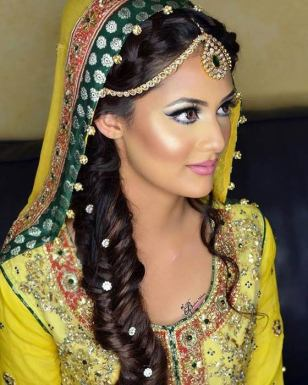 Hairstyles For Lehenga Choli