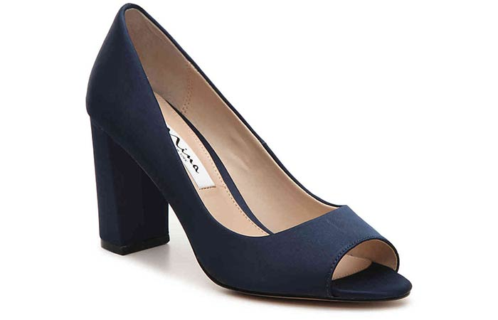 0cb384c22d31 17 Comfortable Wedding Shoes For The Bride - crazyforus