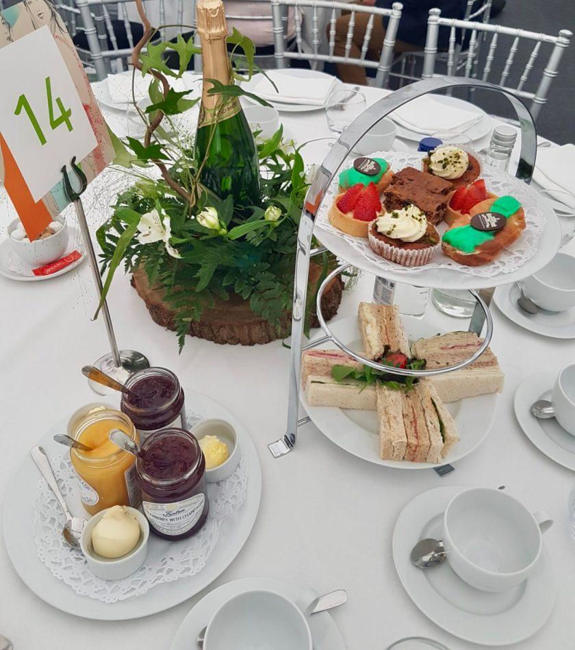 PlayBrave - Afternoon Tea
