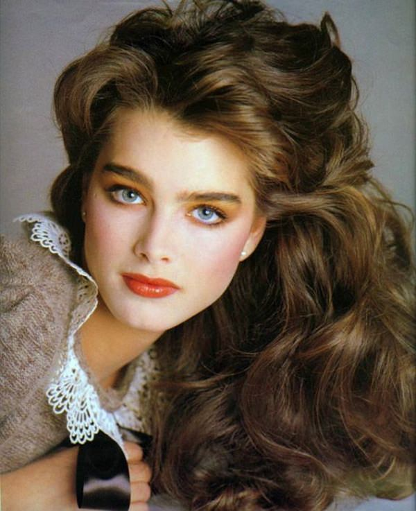 62 80 s Hairstyles That Will Have You Reliving Your Youth Brooke Shields was always great at letting her hair down and we always  loved those long loose curls