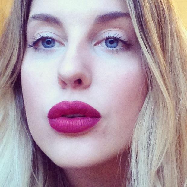 Guerlain Rouge G L'Extrait: Liquid Lipstick Review