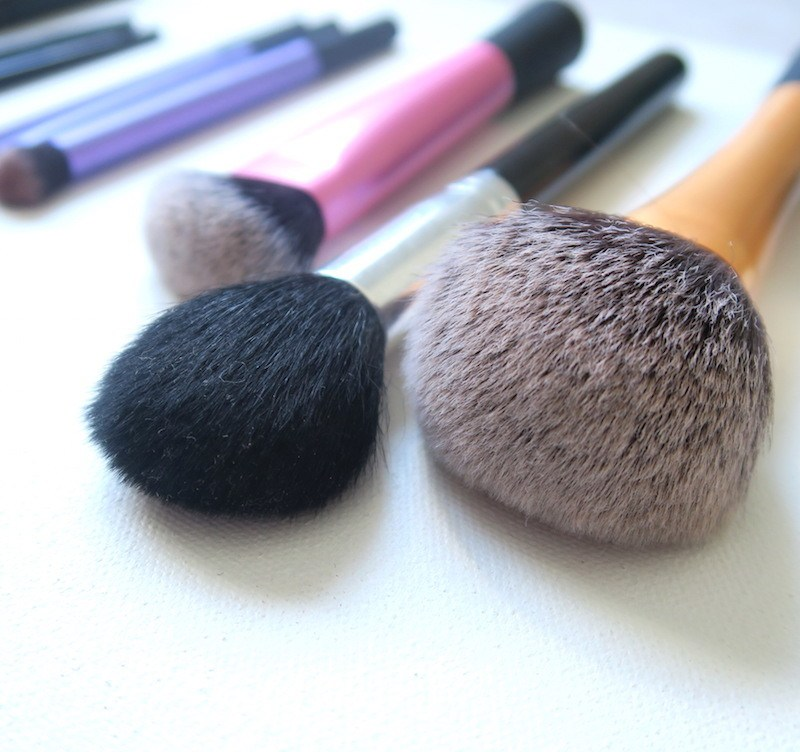 MY MAKEUP BRUSH COLLECTION