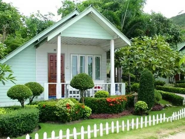28 Beautiful Small Front Yard Garden Design Ideas - Style ... on Small Landscape Garden Design  id=23693
