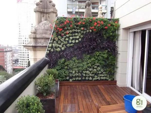 15 Amazing Ideas for Perfect Balcony Garden on Backyard Balcony Ideas id=96619