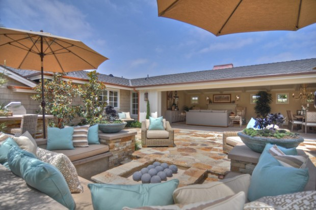20 Cozy Chic Patio Design Ideas Perfect for Sunny Days ... on Cozy Patio Ideas id=95633