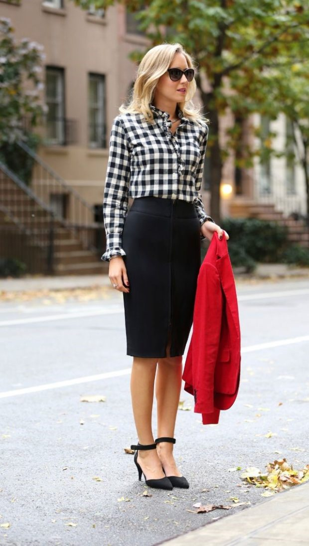 10 Elegant Pencil Skirts For Professional Look