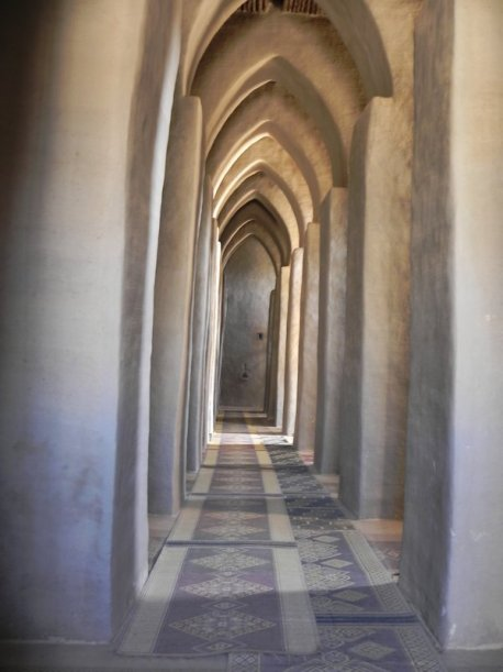5772522-Inside_Djenne_Mosque-0