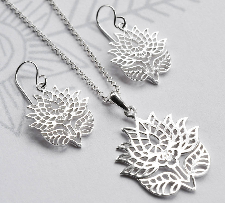 Silver Lotus Jewlery. PC-notonthehighstreet.com