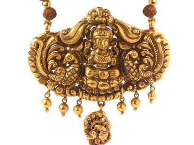 Laxmi Temple Jewelry Pendant. PC- Velvetcase