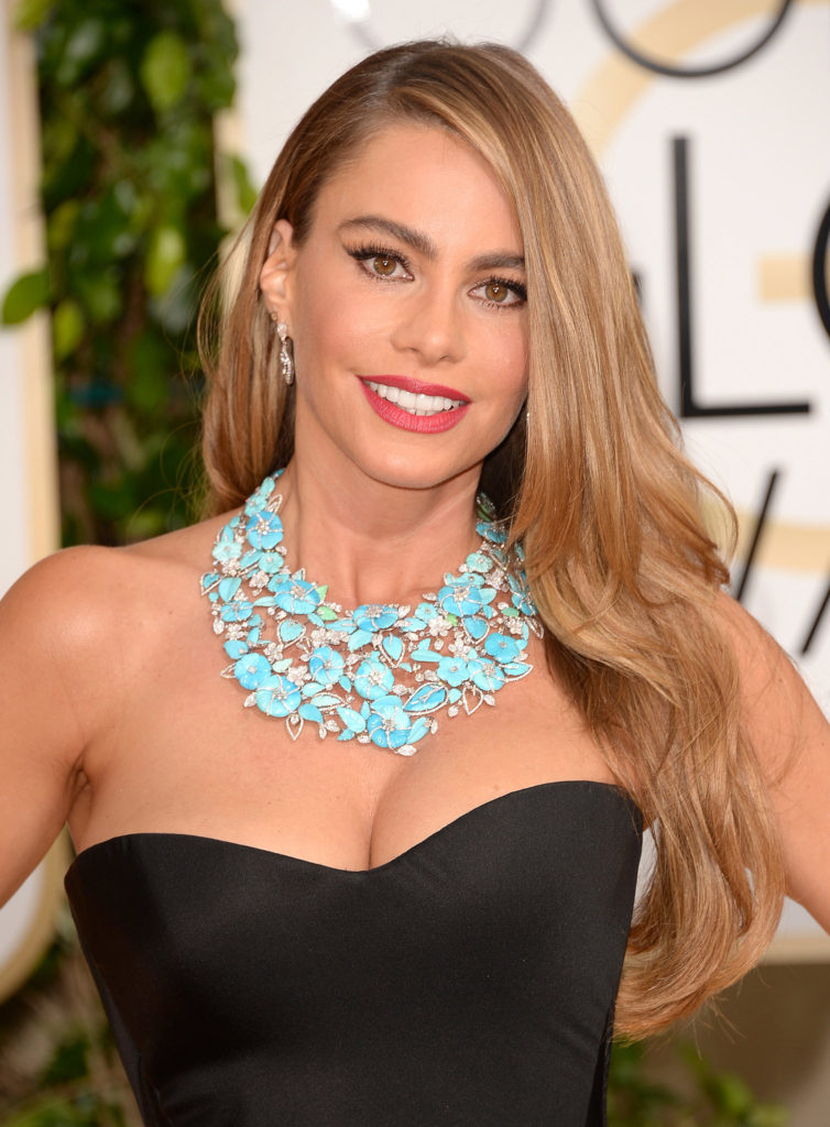 Sofia Vergara at the 2014 Golden Globes in Lorraine Schwartz