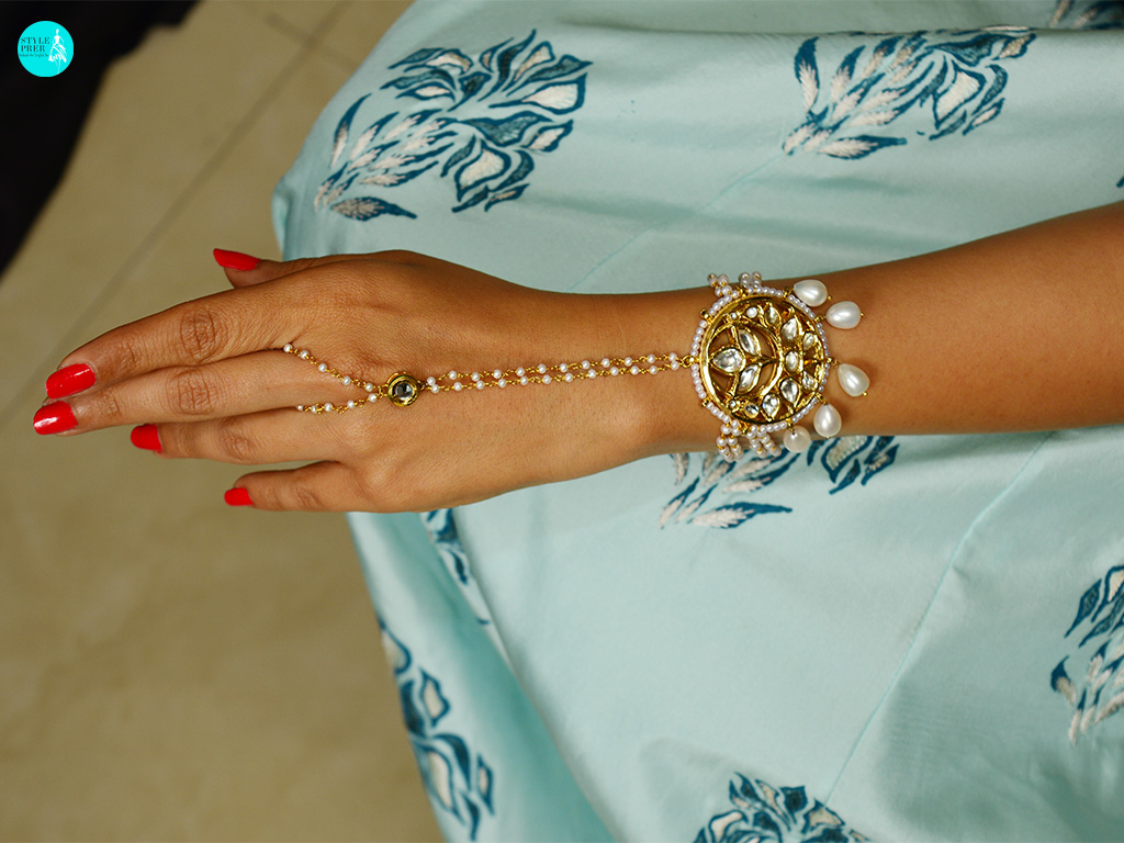 Combining The Chaandbaalis With A Hand Harness By Harsha Patel From Velvetcase. Ensemble Anj Kreations