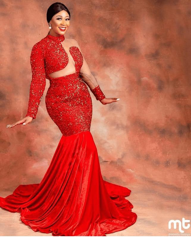 lace asoebi styles
