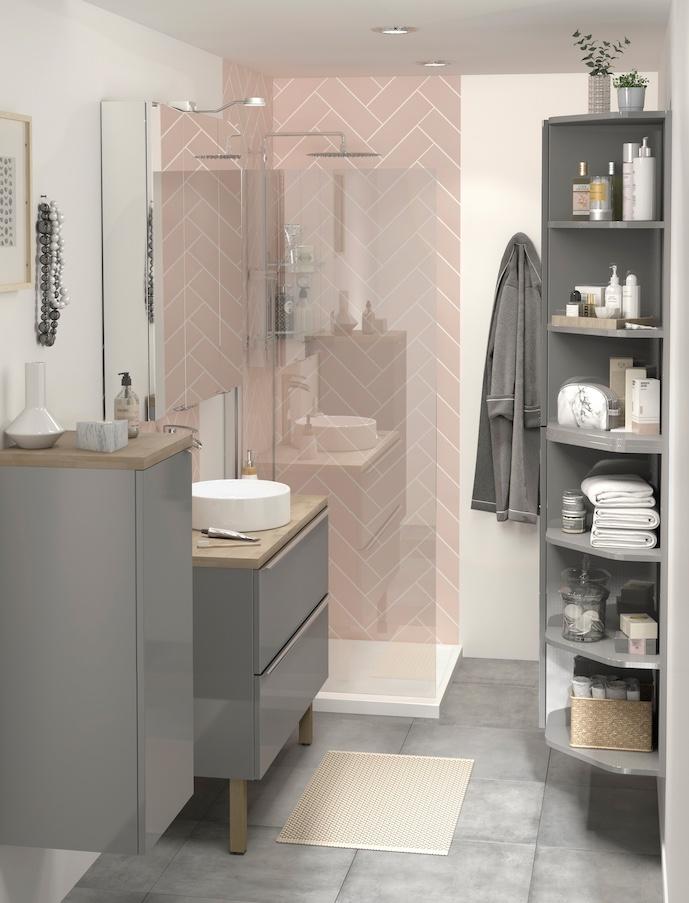 salle de bains rose