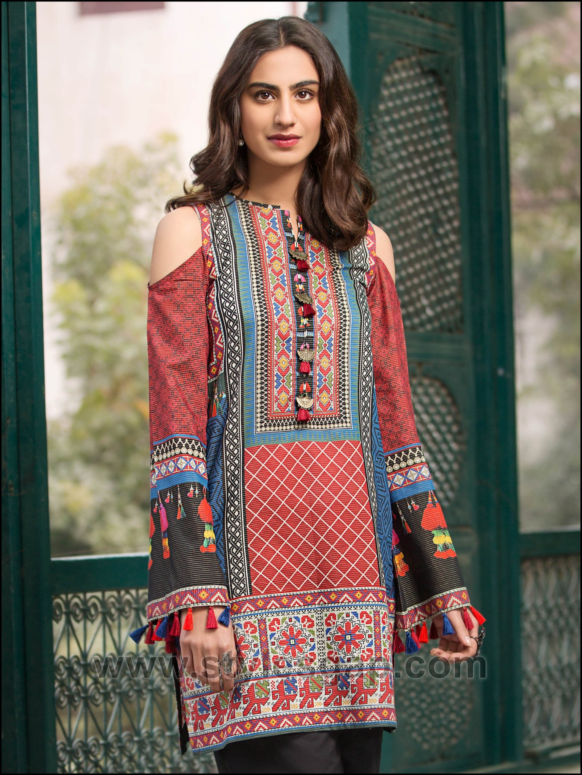 Latest Neck Designs 2019 In Pakistan Latest Pakistani Indian Salwar Kameez Designs Trends Blouses Discover The Latest Best Selling Shop Women S Shirts High Quality Blouses