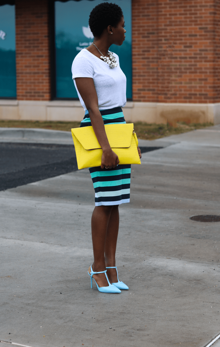 MULTICOLORED MID SKIRT & ENVELOPE CLUTCH