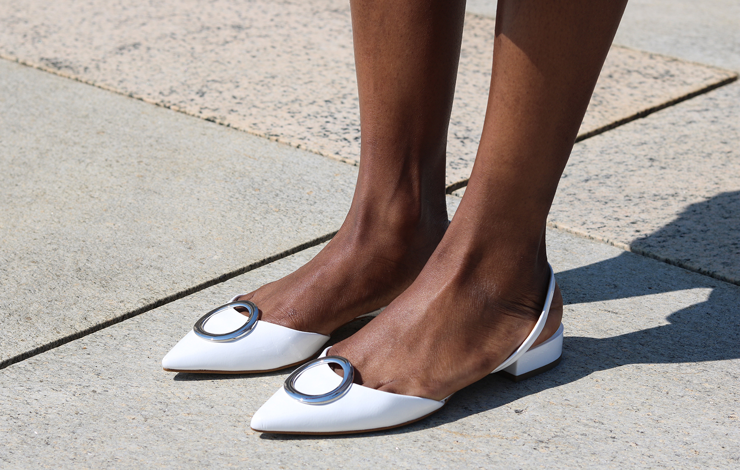 detailed flat shoes