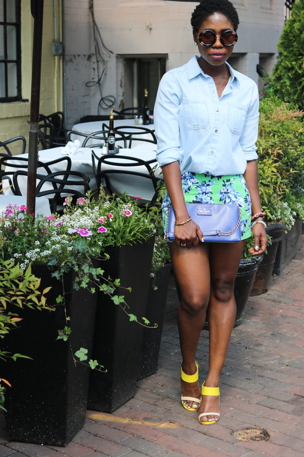 style synopsis casual floral look