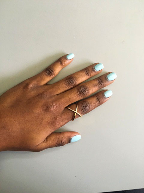style synopsis baby blue nails