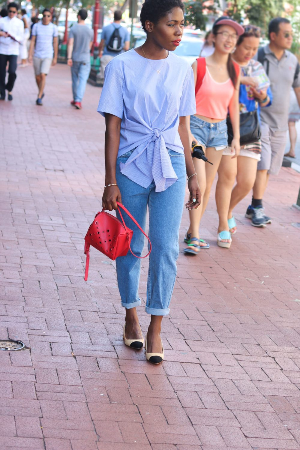style synopsis stripped blue top