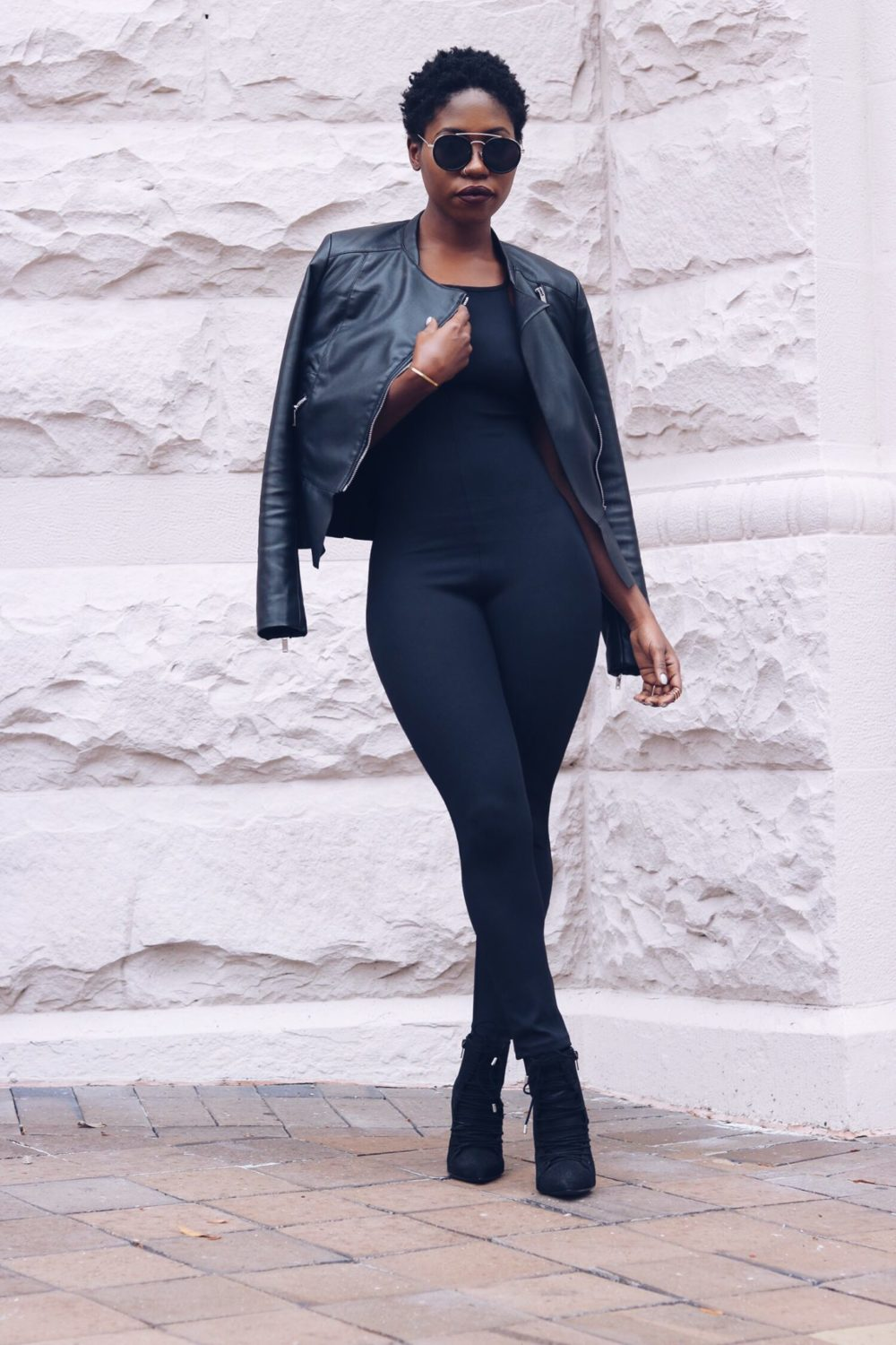 stylesynopsis-black-on-black-fall-look