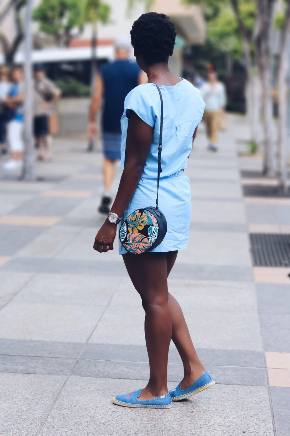 stylesynopsis-light-blue-dress-soludos-slippers