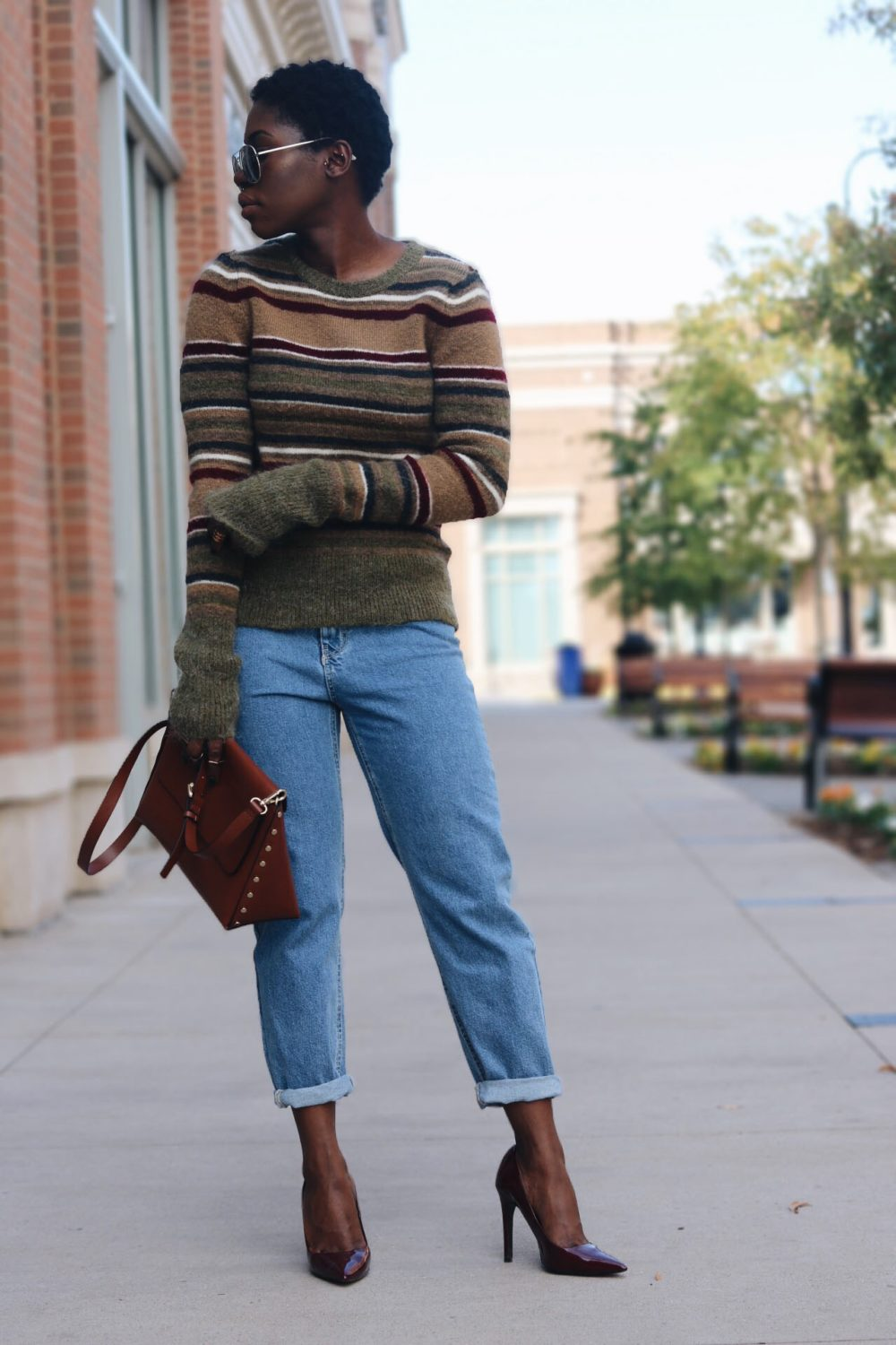 style-synopsis-mom-jeans-fall-style