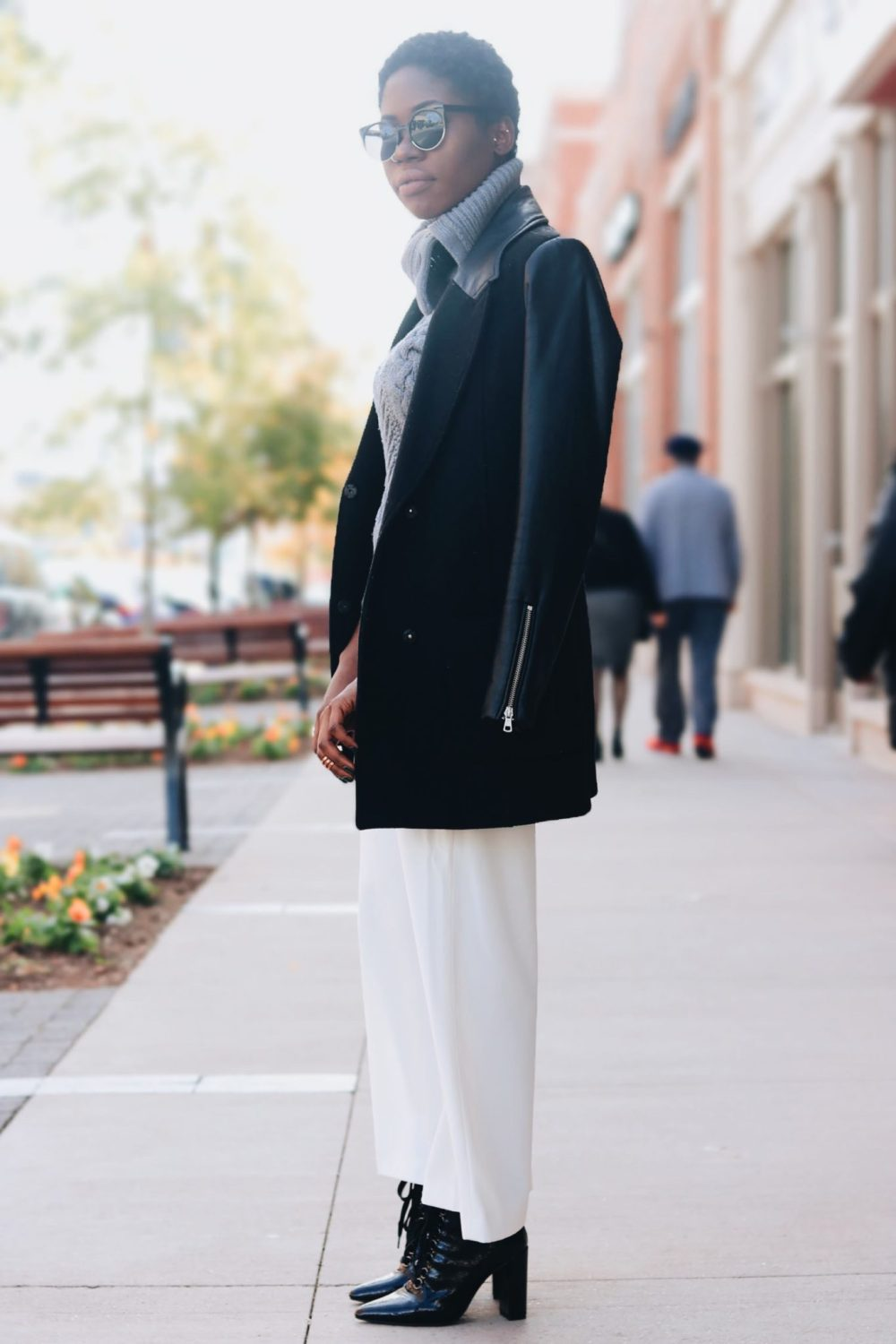 style-synopsis-contrast-coat-ankle-boots-style