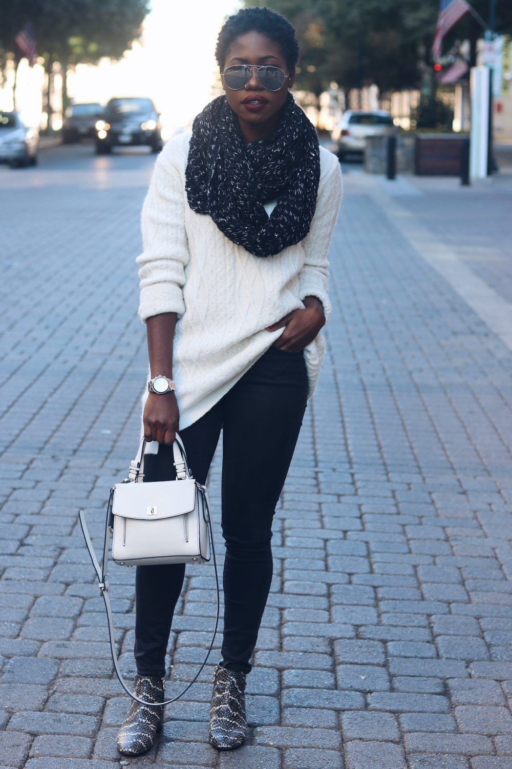 style-synopsis-sweater-scarf-style