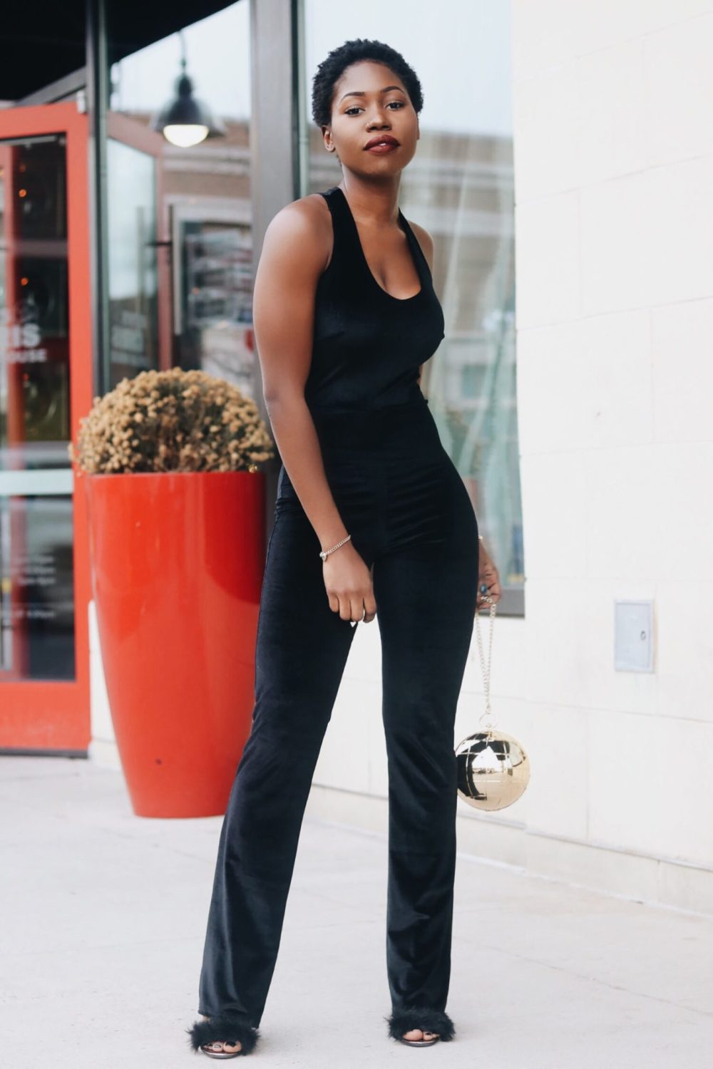 style-synopsis-sexy-velvet-jumpsuit