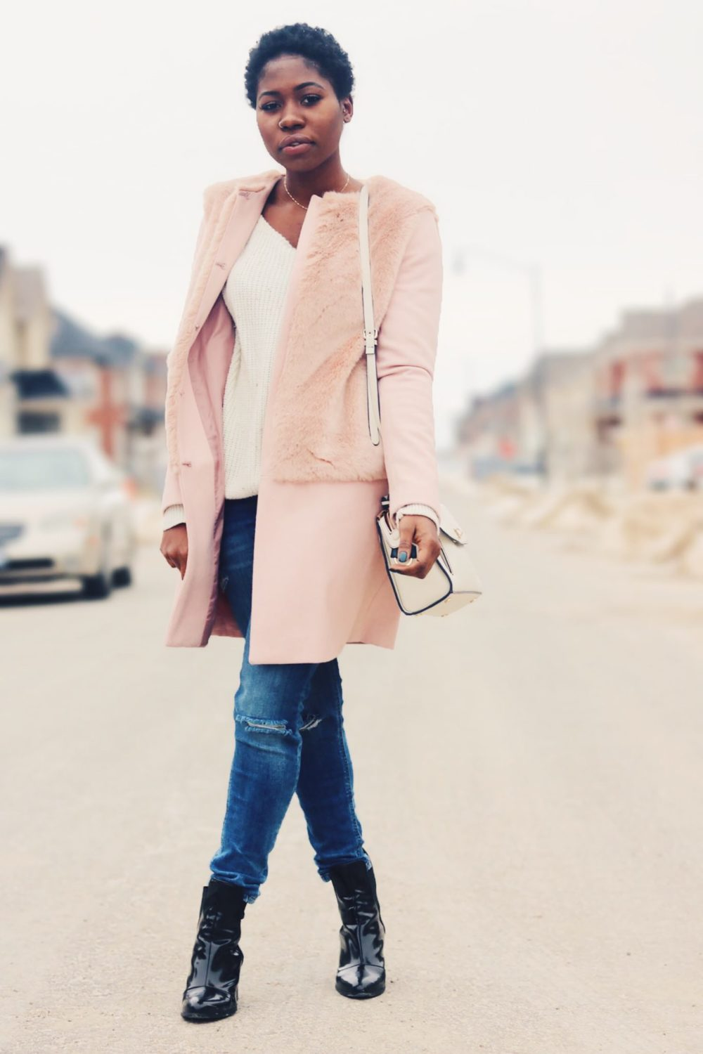 style-synopsis-contrast-coat-sweater-look