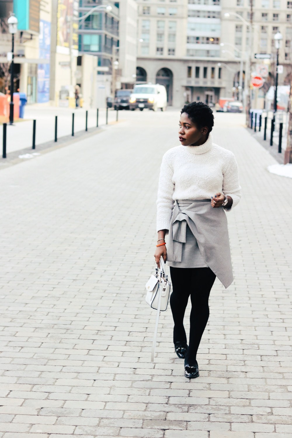 style-synopsis-structured-mini-skirt-style.