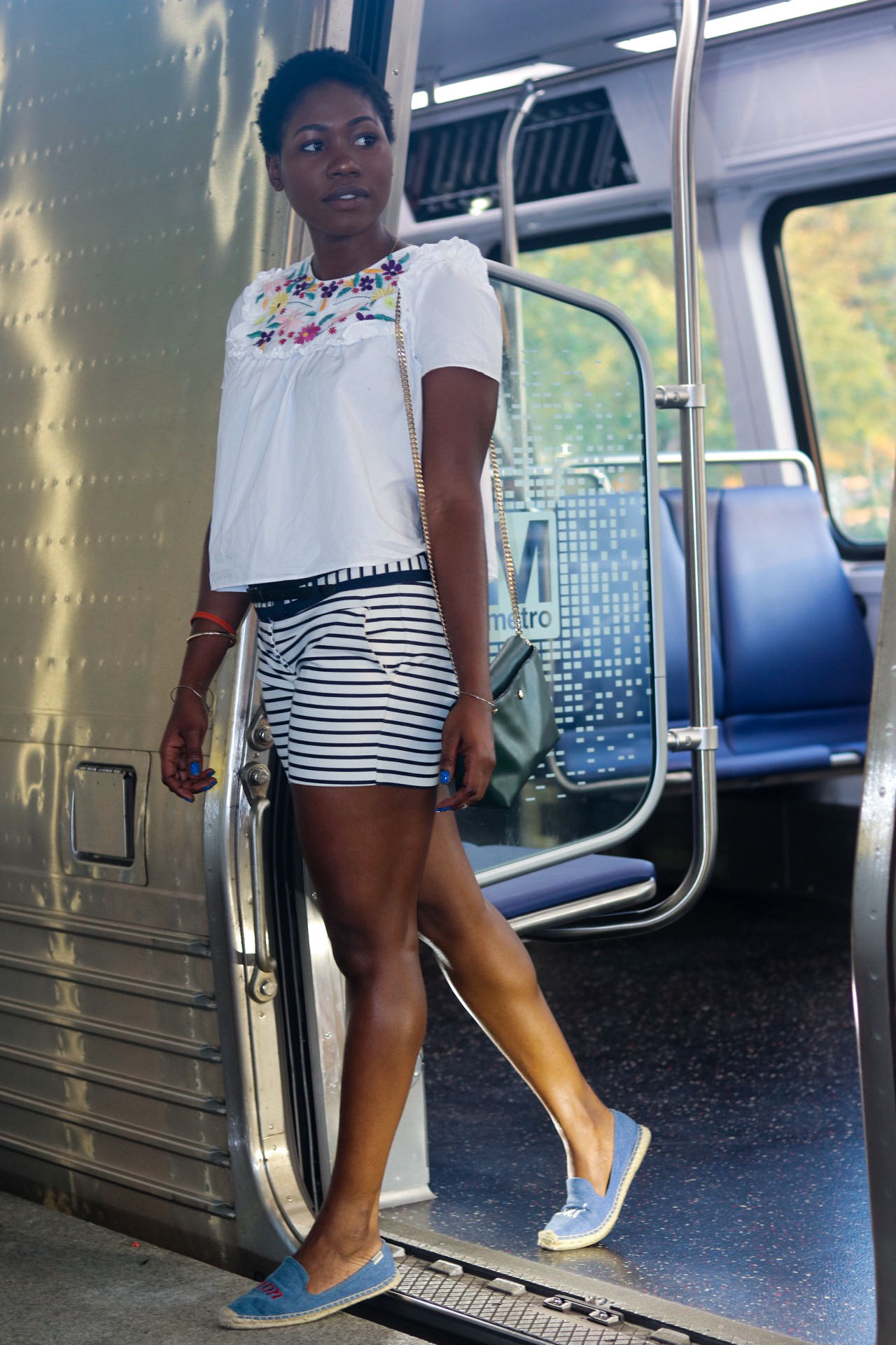 style-synopsis-embroidered top-striped-shorts-look