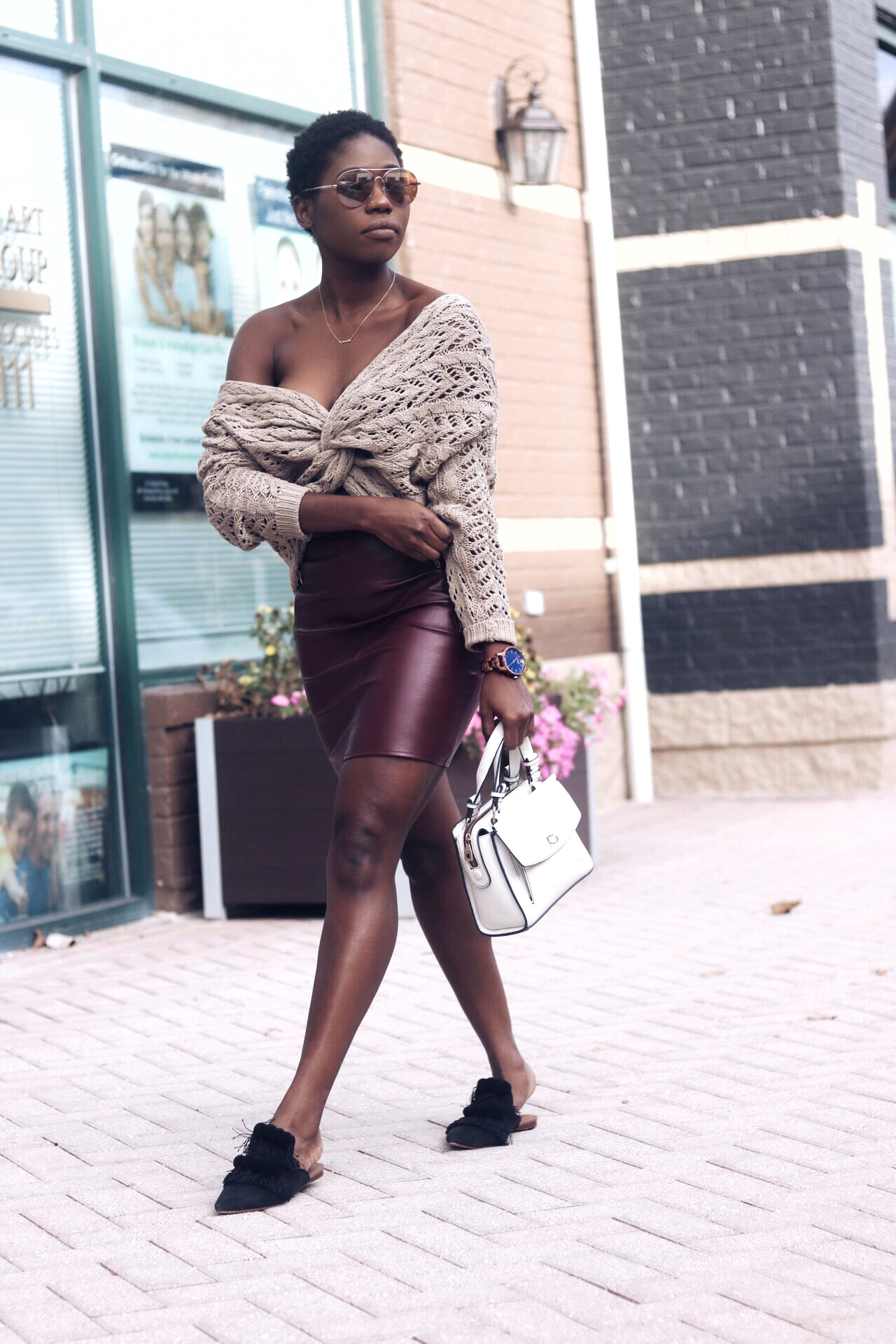 stylesynopsis-chunky-weater-with-mules-look