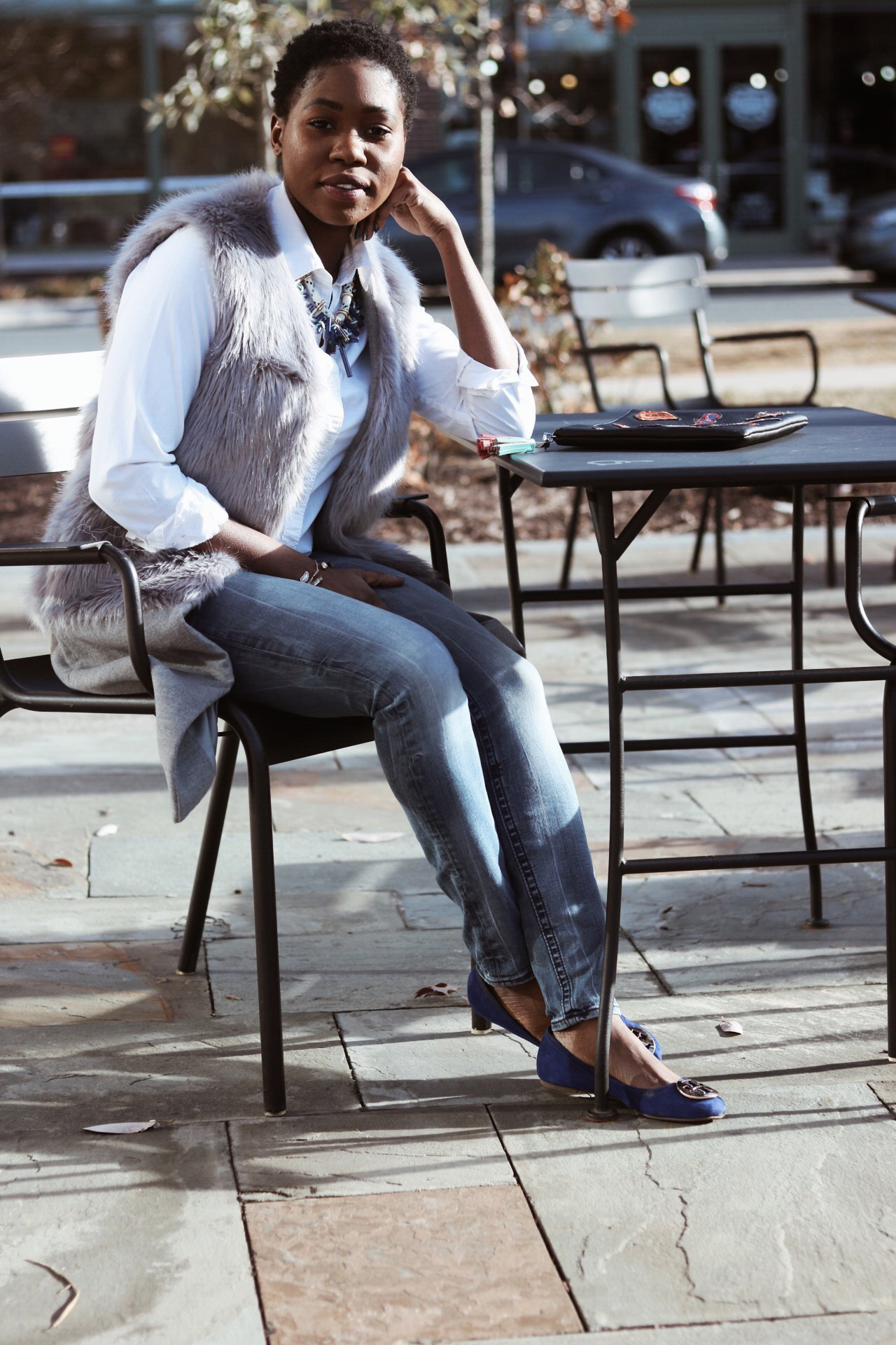 ALT= Jeans casual look