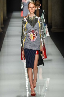 au-jour-le-jour-spring-2017-fashion-trends-milan-fashion-week