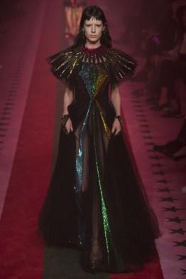 gucci-2017-fashion-trends-milan-fashion-week