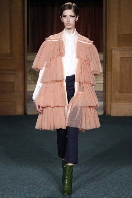 Osman London Spring 2017 Trends // Photo via Vogue.com