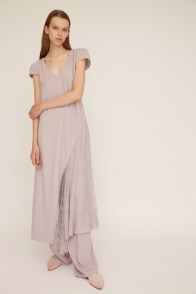 # Most Inspiring Looks from Resort 2018 Runway Collections 104
