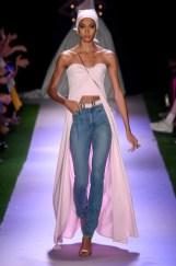 Brandon Maxwell New York Fashion Week Spring 2020 ©Imaxtree