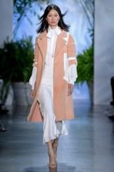 Dennis Basso New York Fashion Week Spring 2020 ©Imaxtree