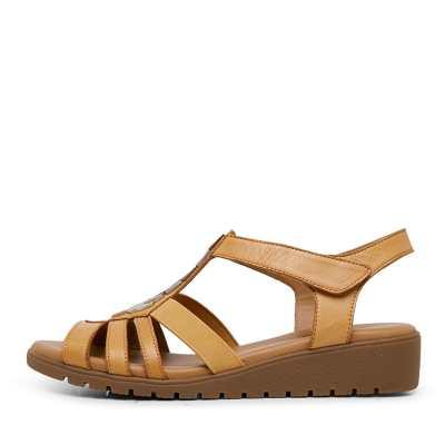 Supersoft Hutchins Su Tan Sandals