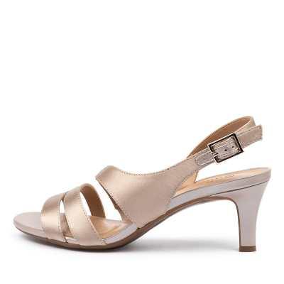 Naturalizer Taimi Champagne Sandals