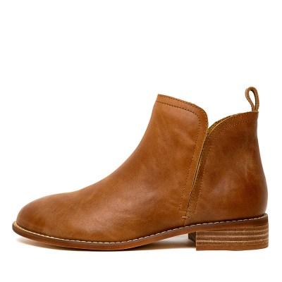 Walnut Douglas Tan Boots