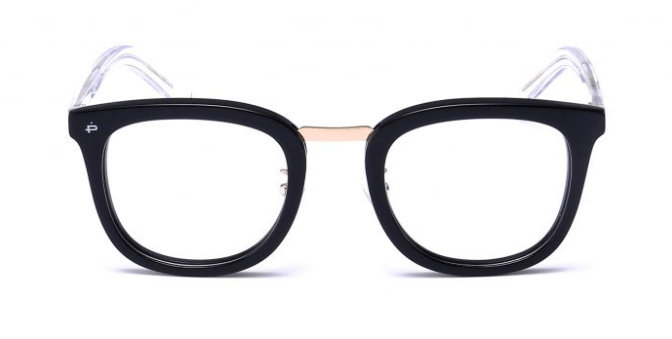 J. Lo\'s $30 Black Frame Glasses You Can Afford | Style Uncovered