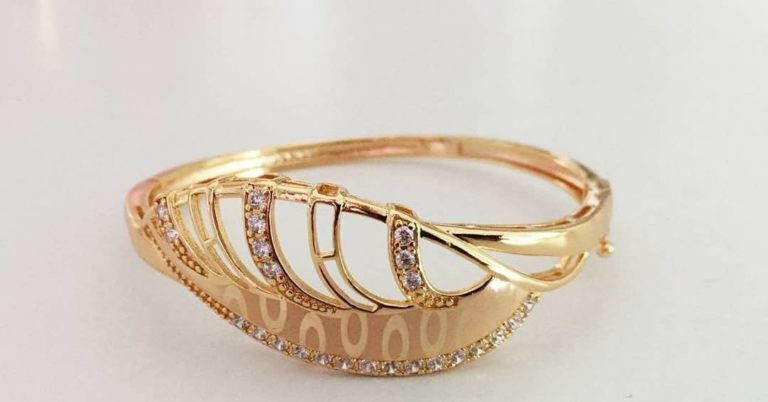 gold plated ring photos