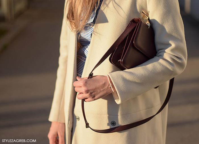 Kako kombinirati bijeli kaput